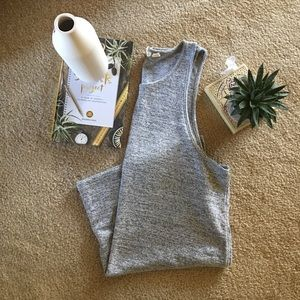 Gap Softspun Fabric Tank with Vented Sides.